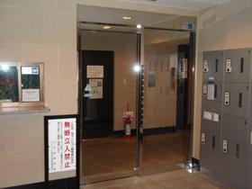 エスコート神田岩本町エントランス