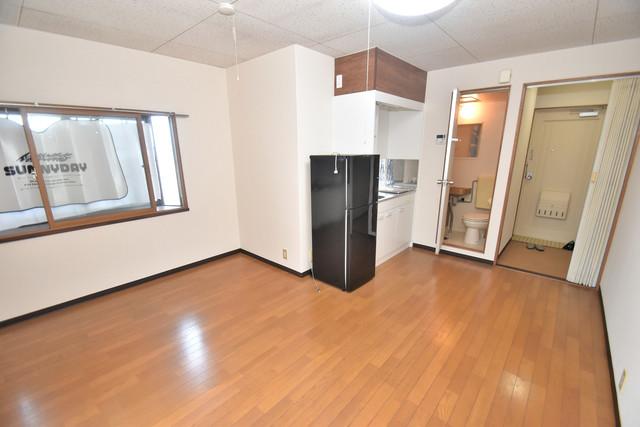 リバーサイドハイツ21 シンプルな単身さん向きのマンションです。