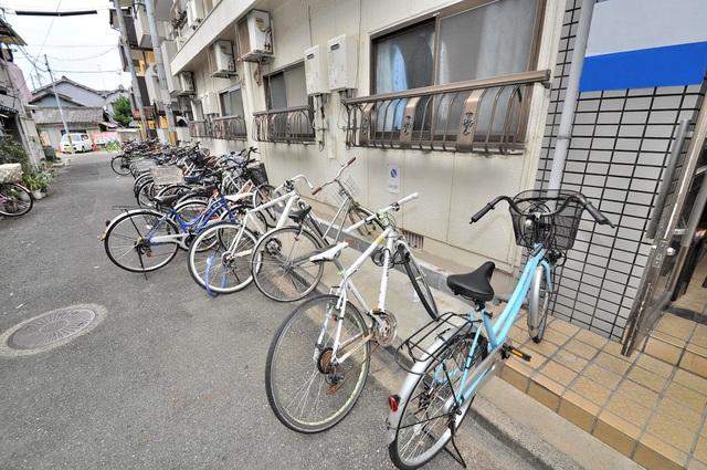 プレアール小若江 あなたの大事な自転車も安心してとめることができますね。