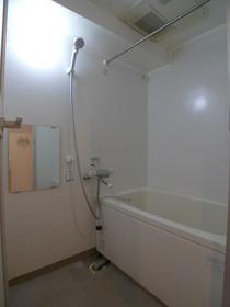 ヒルサイド上池台 301号室