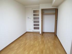 https://image.rentersnet.jp/5a957619-f0b4-4e79-aa2e-c149ae450a12_property_picture_958_large.jpg_cap_居室