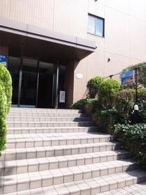 グレイスコート二俣川 弐番館エントランス