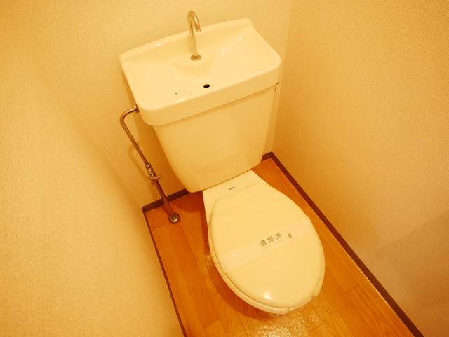 シャンピア長坂トイレ