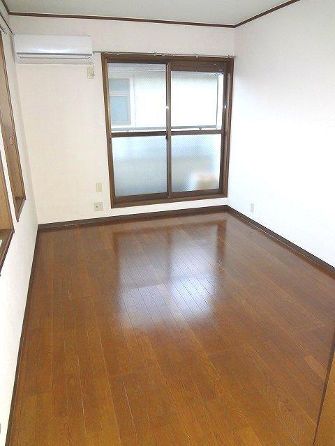 三ッ沢下町駅 徒歩10分居室