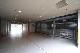 パークアクシス白金台駐車場