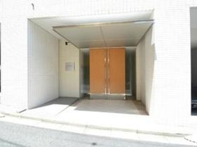 広尾駅 徒歩15分エントランス