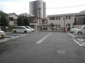 板橋駅 徒歩14分駐車場