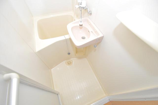 オーナーズマンション菱屋西 ちょうどいいサイズのお風呂です。お掃除も楽にできますよ。