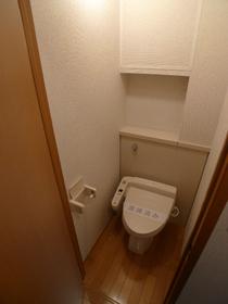 ビューヴィブァン�U 102号室