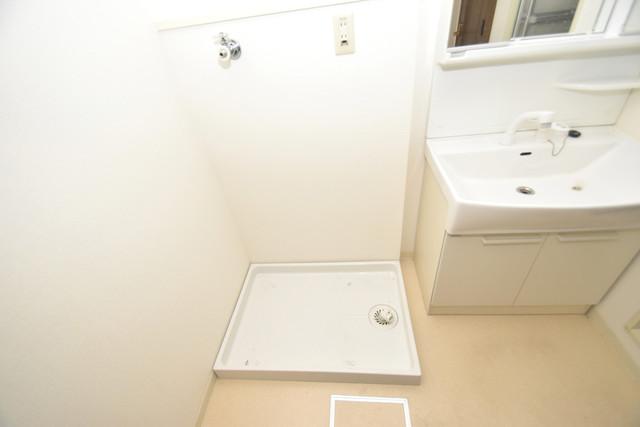 ポルト巽 嬉しい室内洗濯機置場。これで洗濯機も長持ちしますね。