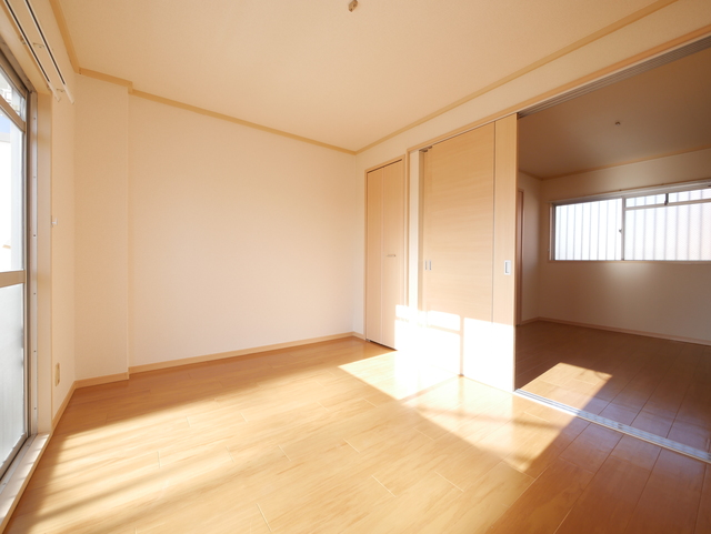 杉山ビル居室