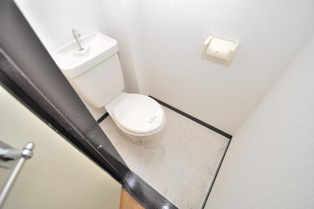 カメリア俊徳道 清潔感のある爽やかなトイレ。誰もがリラックスできる空間です。