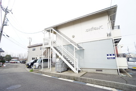 https://image.rentersnet.jp/5dcda08f-8f32-47e6-9102-ac3f96d67ae5_property_picture_956_large.jpg_cap_外観