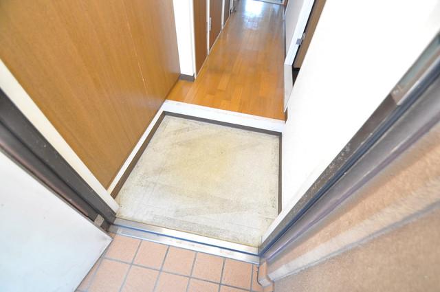 プラムガーデンハイツ 素敵な玄関は毎朝あなたを元気に送りだしてくれますよ。