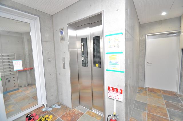 トレノーヴェ南巽 嬉しい事にエレベーターがあります。重い荷物を持っていても安心