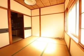 https://image.rentersnet.jp/5e794832-1cc8-4074-88ae-ad5526b5a8e0_property_picture_1992_large.jpg_cap_居室