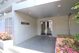 大岡山駅 徒歩7分エントランス