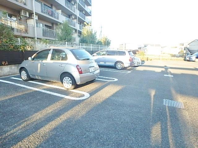 サンライズ中和田駐車場