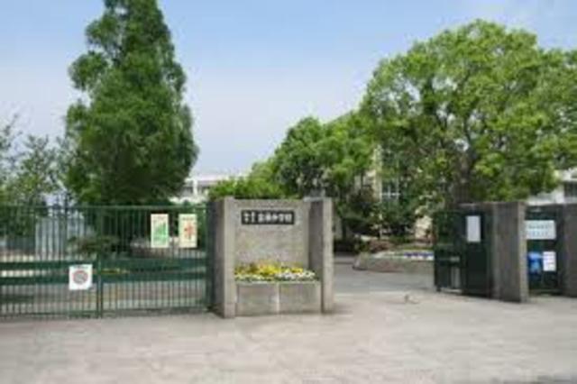 和泉市立富秋中学校