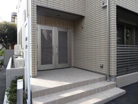 https://image.rentersnet.jp/5ebf2eb8c52ca12ab7b6e4ac11b5a73c_property_picture_1992_large.jpg_cap_エントランス