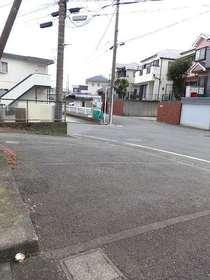 川嶋荘駐車場