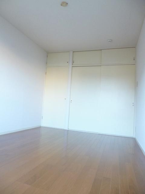アーバンクレセント居室