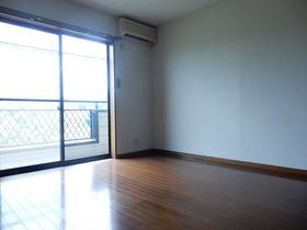 https://image.rentersnet.jp/5f244281-3203-4e55-9ead-90da77b279d4_property_picture_953_large.jpg_cap_居室