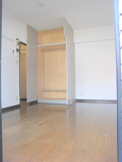 パークアヴェニュー新宿西居室