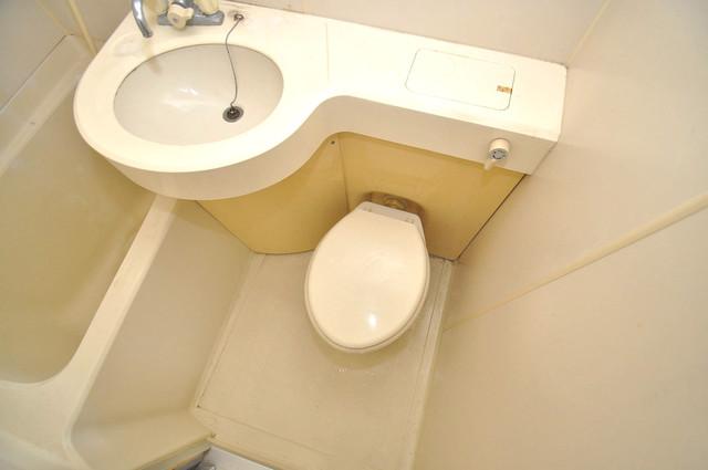 サニーハイム小若江 コンパクトですが機能性のあるトイレです。