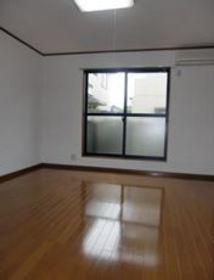 https://image.rentersnet.jp/5f9c94b3-1d6b-45b4-8d14-c425077c04a9_property_picture_2419_large.jpg_cap_居室