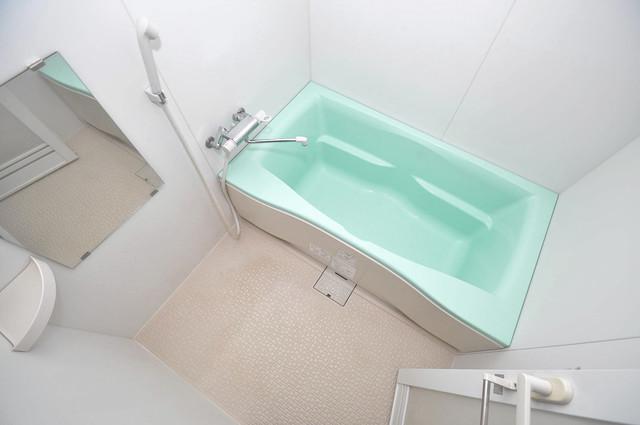 Celeb布施東 ちょうどいいサイズのお風呂です。お掃除も楽にできますよ。