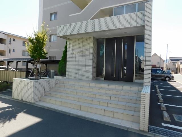 本厚木駅 バス10分「妻田薬師」徒歩4分エントランス