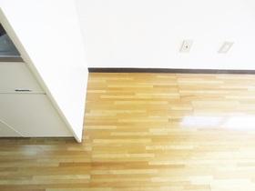 冷蔵庫置き場です☆キッチンの脇に有ります☆
