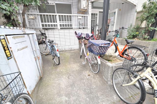 T'sレジデンス今里(旧ボナール今里) 敷地内には専用の駐輪スペースもあります。