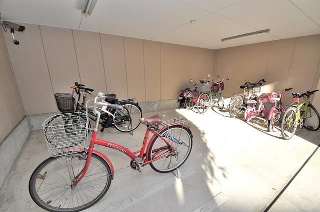 ディグナーデ 1階には駐輪場があります。屋内なので、雨の日も安心ですね。