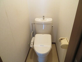 https://image.rentersnet.jp/60e38d8b-d514-4067-9f72-af38830e13fa_property_picture_959_large.jpg_cap_トイレ