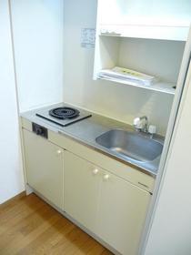 https://image.rentersnet.jp/60fdf728-c41c-46a1-968b-48f445707eb6_property_picture_959_large.jpg_cap_キッチン