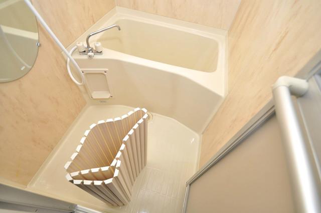 プラ・ディオ徳庵セレニテ 足を伸ばして、ゆっくりできる大きなバスルームですよ。