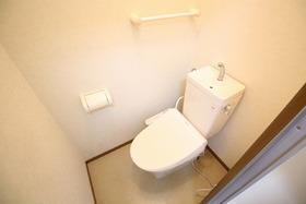 https://image.rentersnet.jp/61300867-43ff-410f-a674-91d960856450_property_picture_957_large.jpg_cap_トイレ