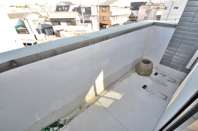 ラ・フォーレ大蓮 バルコニーは陽当たりが良く、洗濯物も気持ち良く乾きます。
