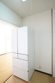キッチン冷蔵庫設置スペースです