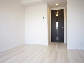 https://image.rentersnet.jp/6147485a-feaf-4ce7-8f7f-3abb4d5d1360_property_picture_2987_large.jpg_cap_居室