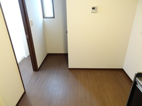 https://image.rentersnet.jp/614fa709095f49ffa626af891fde4242_property_picture_1992_large.jpg_cap_キッチン