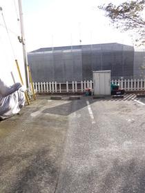 コズミックシティ南台第二B駐車場