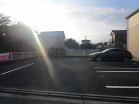 ハピネス駐車場