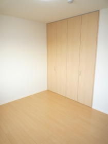 https://image.rentersnet.jp/619e89f0-f4d6-44e9-9653-d57387f42d46_property_picture_959_large.jpg_cap_居室