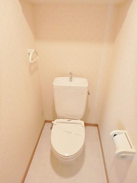 シャルマントイレ