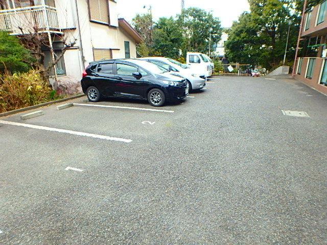プレジオ小山II駐車場