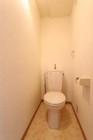 ムーンアベニュー 302号室