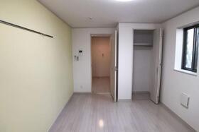 Southern Flat 205号室